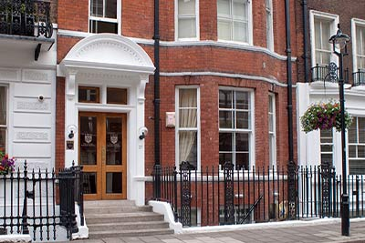 cosmetic surgery partners London Welbeck Hospital outside